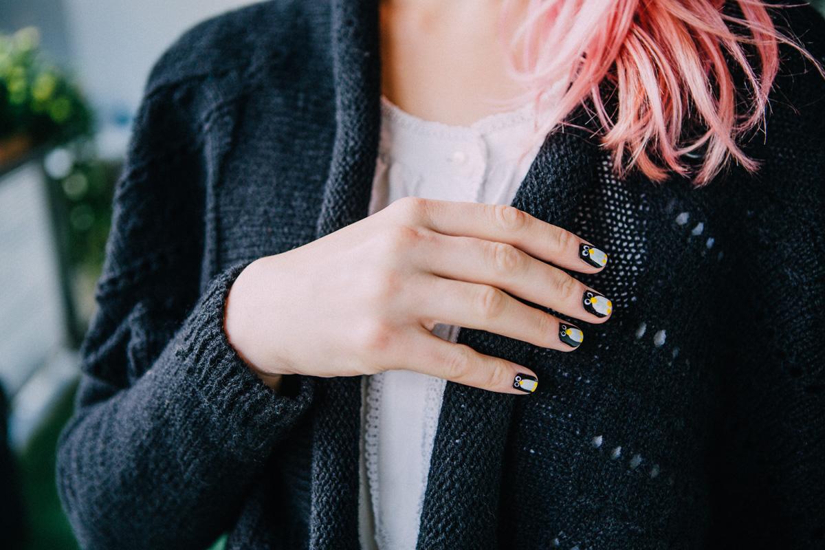 Aptenodytes_cardigan_manicure_web